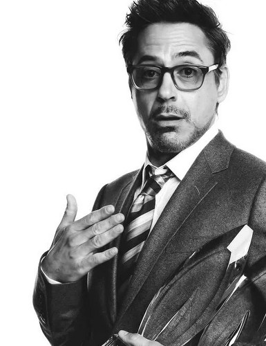 robert_downey_jr. wallpaper with a business suit and a suit called Robert Downey