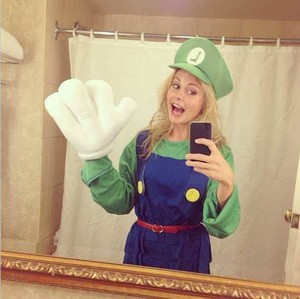 Rose McIver on Halloween!
