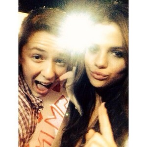 Selena meet fan after her konser - November 12