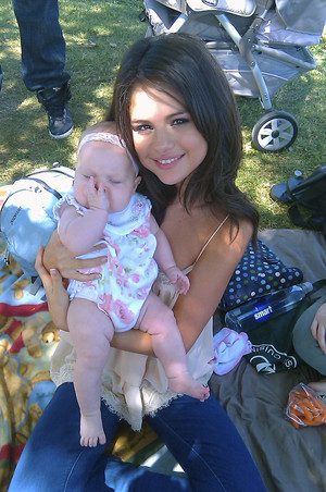 Selena w/Justin @ Lake Balboa