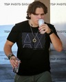 Sep. 6 Prince Jackson visited an auto body shop and a pet store  - prince-michael-jackson photo