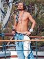 Sun Seeking Johnny - johnny-depp photo