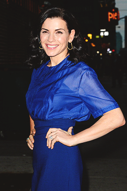 Julianna Margulies arrives for the 'Late প্রদর্শনী with David Letterman' at Ed Sullivan Theater
