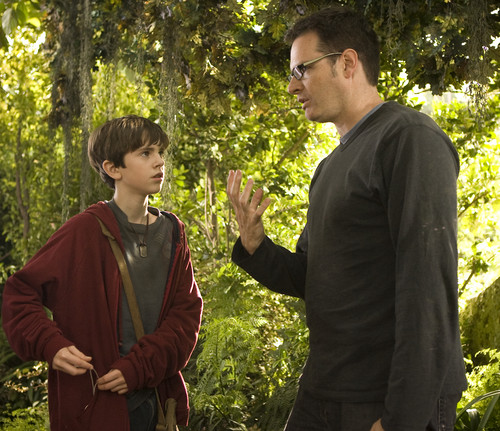 The Spiderwick Chronicles achtergrond entitled Freddie Highmore and Mark Waters