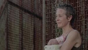 Carol Screencap, '3x07: When the Dead Come Knocking'