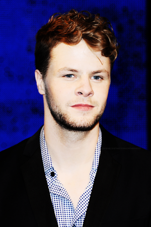 jay. in a suit. *fangilrling* haha