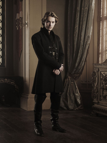 Toby Regbo hình nền probably containing a business suit and a well dressed person entitled Toby as Francis