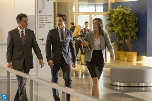 White Collar wallpaper with a business suit, a suit, and a well dressed person entitled White Collar - 5.04 - Controlling Interest - Promo Pics