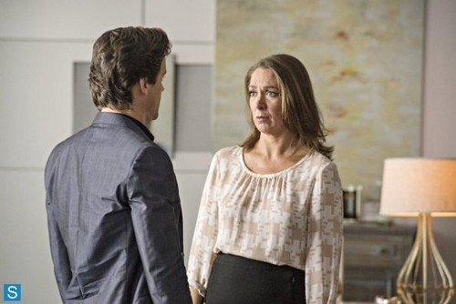 White collier fond d'écran containing a well dressed person called White collier - 5.04 - Controlling Interest - Promo Pics