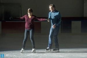 White cổ áo - Episode 5.06 - Ice Breaker - Promo Pics