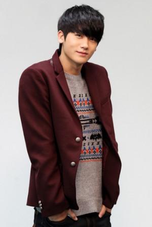 Hyungsik [ZE:A]