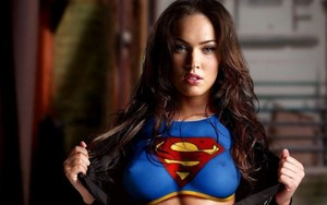 megan rubah, fox super girl wallpaper