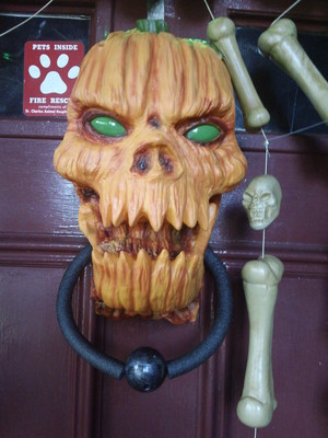 pumpkinhead door knocker