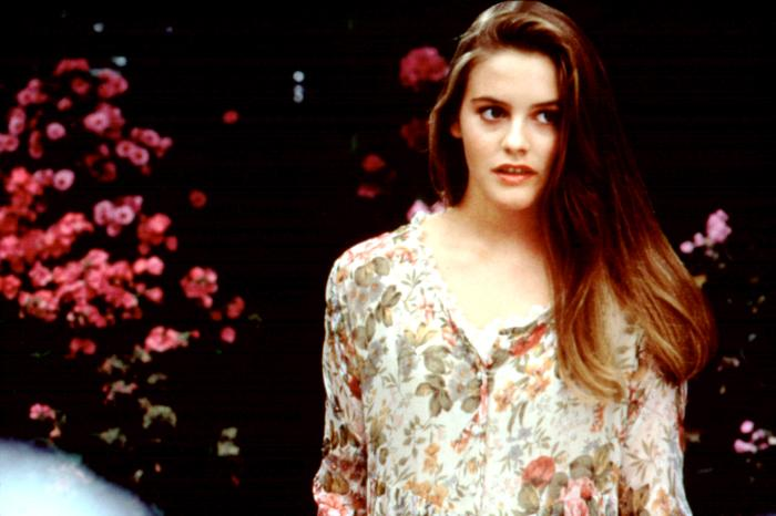 the crush Directed by alan shapiro with cary elwes, alicia silverstone, jennifer rubin, kurtwood smith a journalist becomes the unwanted center of attention for a 14-year-old girl, who proceeds to sabotage his life after he refuses her sexual advances.