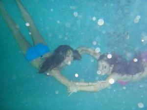underwater ariana