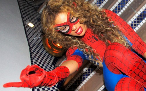 Beyonce wallpaper possibly containing anime titled Beyonce Spiderwoman