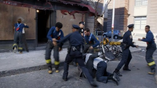 Brooklyn Nine-Nine fond d'écran containing a rue titled cops vs. fireman