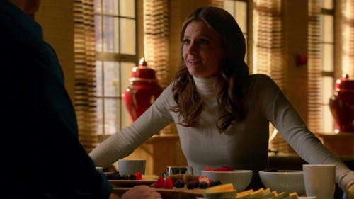 Castle wallpaper probably with a brasserie, a dinner, and an antipasto entitled Castle 6x09 Caps