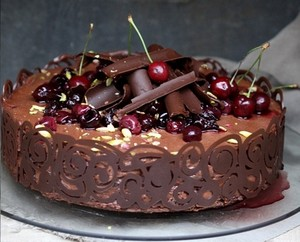 chocolate/cherry cake