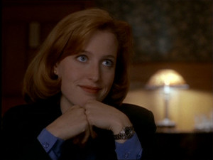 Dana Scully nyara