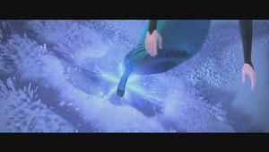 Frozen muziki video screencaps