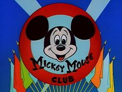 The Official Mickey topo, mouse Club Logo