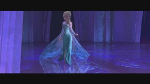 Frozen muziki video screencaps