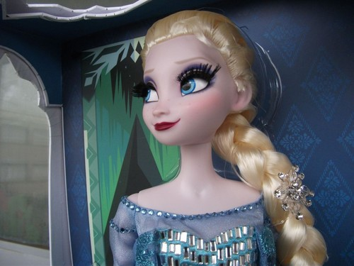 Elsa the Snow Queen wallpaper probably containing a portrait called Limited Edition Elsa Doll