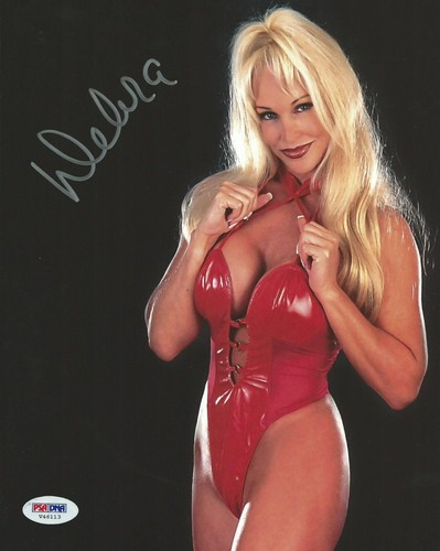 Former WWE Diva... Debra achtergrond with a leotard and a maillot called High Quality Autograph - Red one piece
