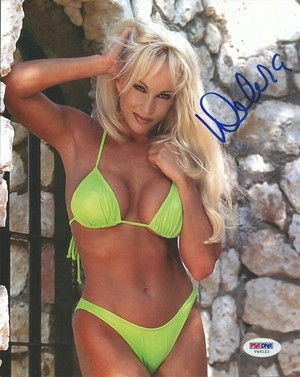 High Quality Autograph - Green Bikini