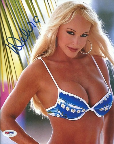 Former WWE Diva... Debra achtergrond possibly with a bikini and a brassiere entitled High Quality Autograph - Blue Bikini