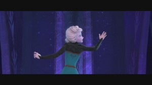 Frozen Muzik video screencaps
