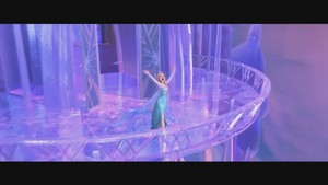 La Reine des Neiges musique video screencaps