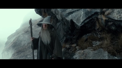 Gandalf Hintergrund probably with an alpinist and a glory hole entitled Gandalf the Grey - The Hobbit: The Desolation of Smaug