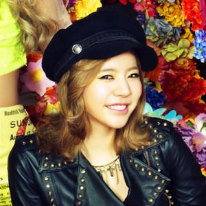 tình yêu & Peace-Sunny