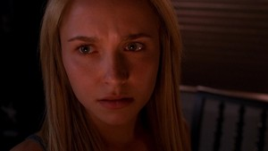 Claire Bennet huy hiệu