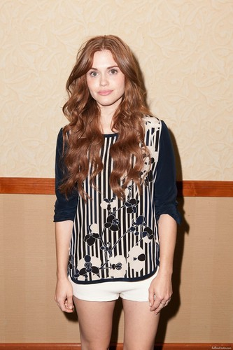 """Holland Roden wallpaper possibly containing a playsuit, macacão and calças quentes called MTV's """"Teen Wolf"""" fã Appreciation Event"""