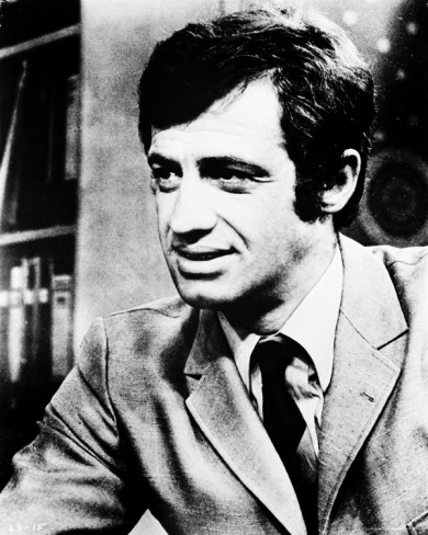 Jean-Paul Belmondo fondo de pantalla containing a business suit titled Jean-Paul Belmondo