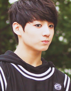 Jungkook (BTS) achtergrond possibly containing a jersey and a portrait called ♥ º ☆.¸¸.•´¯`♥ Jungkook! ♥ º ☆.¸¸.•´¯`♥