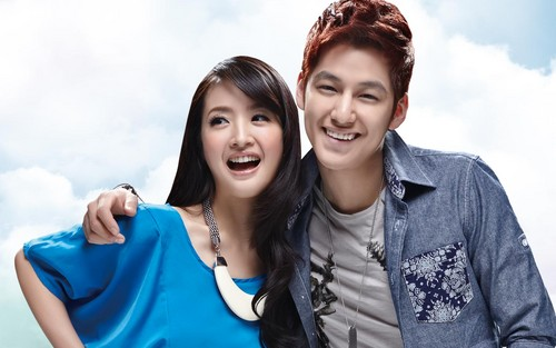Ким Бом Обои containing a leisure wear, an outerwear, and a блузка entitled Kim Bum and Ariel Lin for Echitoo