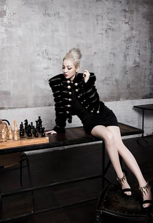 2NE1 – Concept foto's 'Missing You'