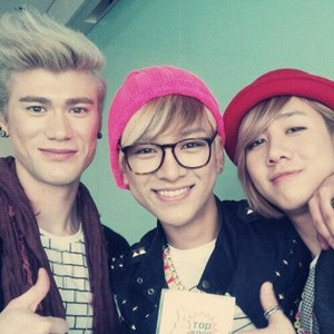 Sam, Yun, Teo