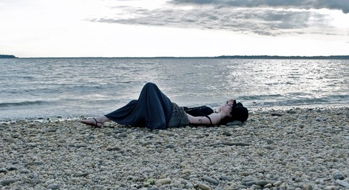 elizabeth gillies beach - photo #19