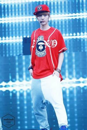 131005 LuHan MBC সঙ্গীত Core