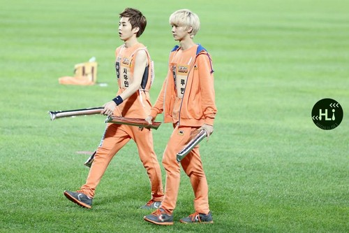 Luhan (루한) wallpaper probably containing a wicket entitled 130903 Idol Athletics Championship