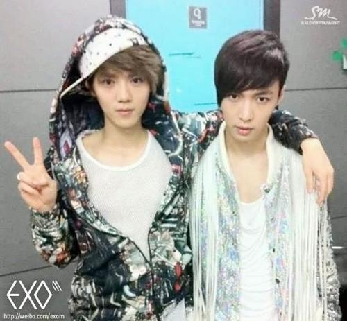 Luhan (루한) wallpaper entitled EXO-M OFFICIAL Weibo Update