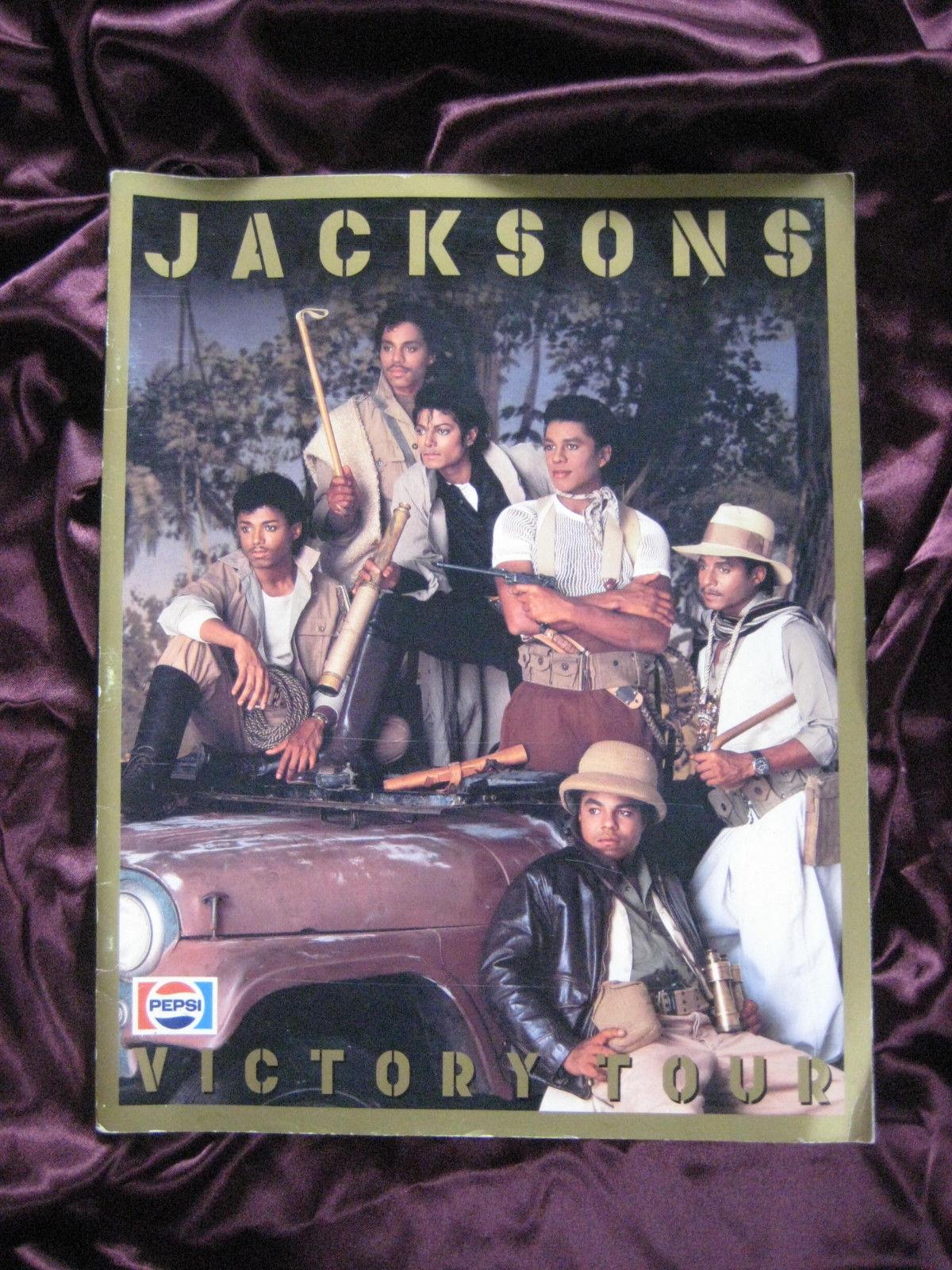 A Vintage Victory Tour संगीत कार्यक्रम Program