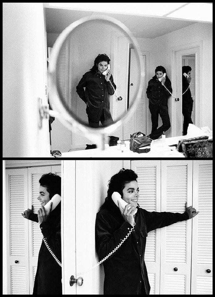 Hello Michael, I upendo wewe so much!! <3