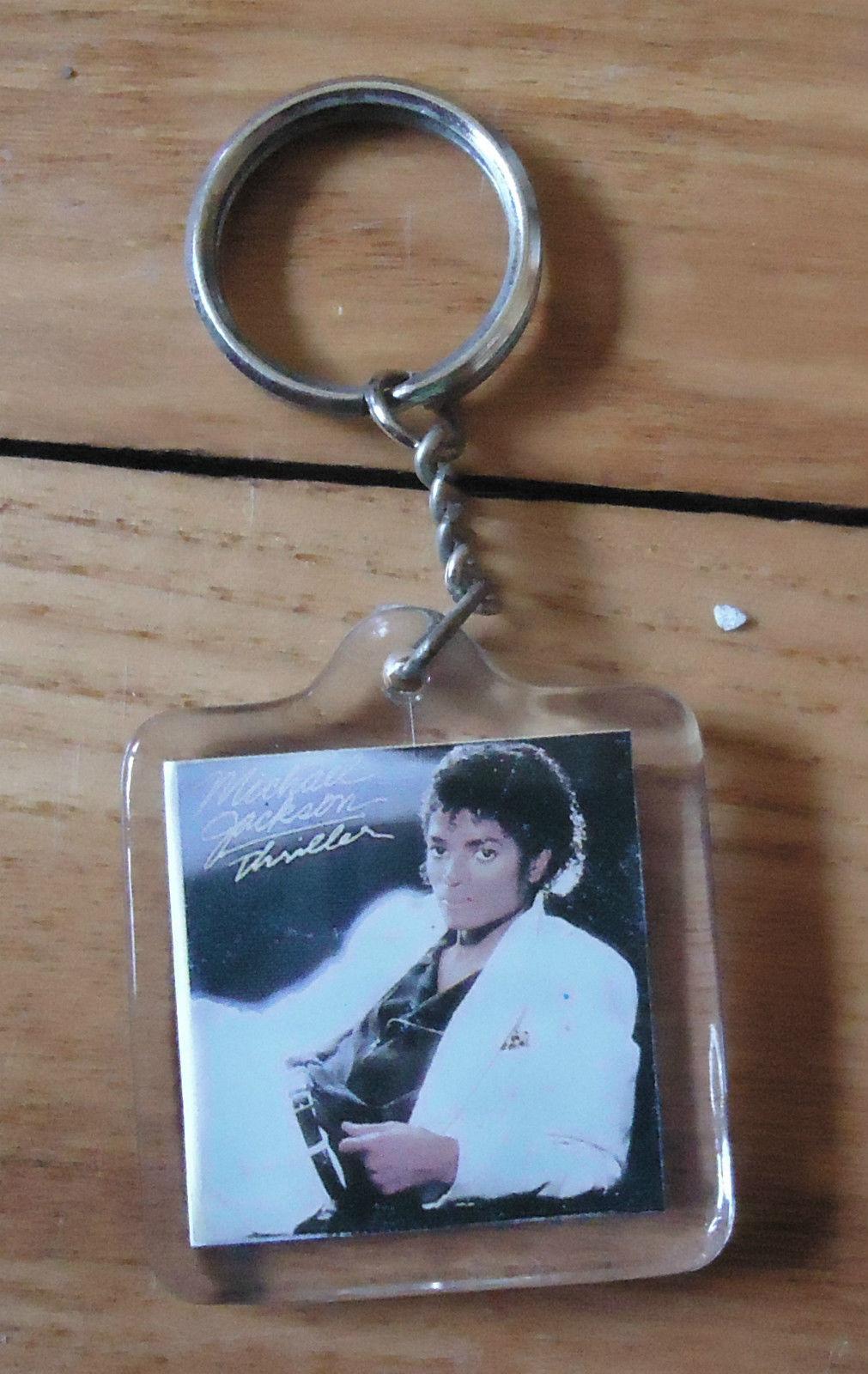 """A Vintage """"Thriller"""" Keychain"""