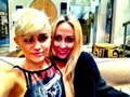 Miley wid her mom - miley-cyrus photo